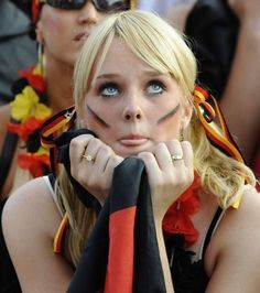 2014 German flag World Cup tattoo on face for girls Soccer Fans, Play Soccer, Football Fans, Fans Sports, Fifa World Cup 2018, World Cup 2014, German Women, German Girls, James Rodriguez