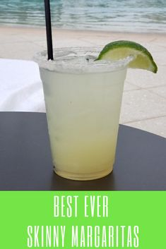Get ready to make the best ever skinny margaritas with this recipe. This delicious cocktail is low carb, and low sugar and is naturally sweetened. With just 5 ingredients, you'll have the best and healthiest Margarita you've ever tasted! Refreshing Drinks, Summer Drinks, Cocktail Drinks, Fun Drinks, Healthy Drinks, Cocktail Recipes, Beverages, Mixed Drinks, Beach Drinks
