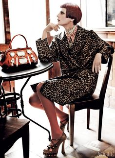Coats in Vogue – Photos – Vogue