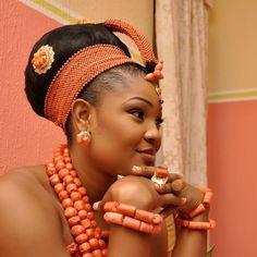 Okuku crowns | Nigerian Wedding | The No.1 & Ultimate Nigerian ...