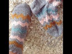 Lær at strikke tå op sokker med Charlotte Kaae - YouTube