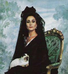 Nati Abascal, The Duchess of Feria, born 2 April 1943 in Seville, Spain Spanish Eyes, Spanish Girls, Spanish Style, Jaqueline Kennedy, Harper's Bazaar, Beautiful Old Woman, Beautiful People, Spanish Wedding, Dangerous Woman