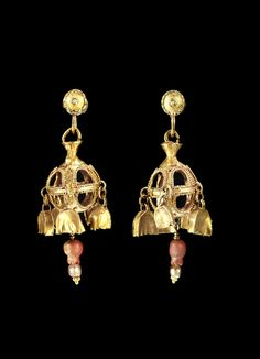 Pair of gold and carnelian Parthian earrings, 1st-3rd centuries CE. Posts are modern. From Bonhams auction house.
