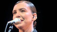 Adriana Calcanhotto - Eu Vivo a Sorrir