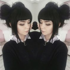 My Hair is finally long enough for buns. ❤️ Now I need bangs again. Gothic Hairstyles, Hairstyles With Bangs, Pretty Hairstyles, Goth Hair, Grunge Hair, Cosplay, Alternative Hair, Tips Belleza, Dream Hair