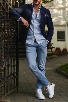 How To Wear Simple Outfits And Look Sharp is part of Mens fashion trends - Simple & Sharp Mens Fashion Blog, Fashion Mode, Mens Fashion Suits, Fashion Ideas, Fashion Trends, Classy Mens Fashion, Daily Fashion, Mens Spring Fashion Outfits, Autumn Outfits