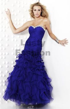 Flowing ruffle pageant dress. this is a pretty pagent dress.