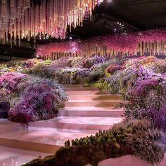Billion Dollar Wedding Said Gutseriev And Khadija Uzhakhovs Spent 1billion On Their Big Day In 2020 Wedding Event Planning Glamorous Wedding Wedding Set Up