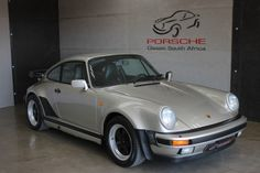 Porsche 911 1989 (930 Turbo) G50 in Linen Silver