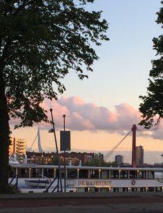 #20/5/2015 Mooie lucht boven Rotterdam