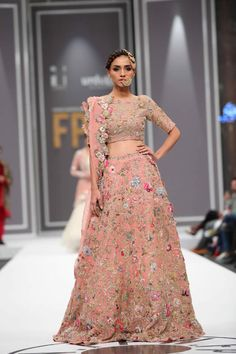 2016 FPW Nida Azwer Bridal Collection Pictures