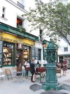 Shakespeare and Company, Paris Shakespeare And Company Paris, Paris Street, Street View, Shop Fronts, Paris Travel, Paris France, City, Display, Flower