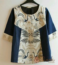 I like the yoke but not the extension to the hemline- draws the eye to the tummy! Batik Blazer, Blouse Batik, Batik Dress, Patchwork Dress, Kebaya Dress, Batik Kebaya, Blouse And Skirt, Blouse Dress, Batik Parang