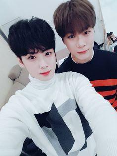 Eunwoo & Moonbin