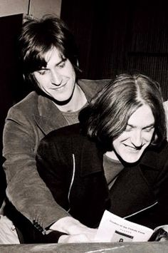 The Davies brothers of the Kinks