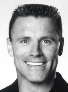 Howie Long as Jakob Gunerson