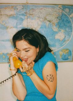 stylesight:  Bjork by Juergen Teller  could she be more perfect??? (could this photo be any more perfect)
