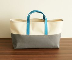 a #turquoise and #gray tote for a Zeta Tau Alpha #ZTA