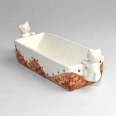 Ceramic cat trinket or butter dish.