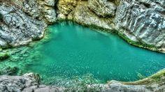 Newsone | Η «γαλάζια» λίμνη της Ελλάδας βρίσκεται… κρυμμένη στη Μεσσηνία (φωτό) | Newsone.gr