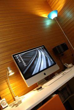Een van de 50 stijlvolle Mac setups die je hier kan ontdekken https://www.kantoorruimtevinden.nl/blog/50-stijlvolle-mac-setups/