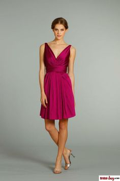 2013 New Arrival Simple Style A-line Short/Mini Draped V-neck Pleated Taffeta Inexpensive Bridesmaid Dresses $99.99