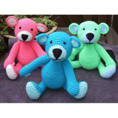 Crochet bears in great colors