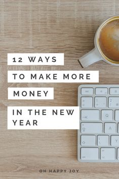 Make more money this year! Here are 12 ways to make extra income, even while keeping your job/ Earn More Money, Make Money Blogging, Make Money Online, Make Easy Money, Make Money From Home, How To Make, Creating A Business, Extra Money, Entrepreneur