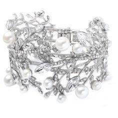 "Pearl and Rhineston ""Stunning"" Bracelet"