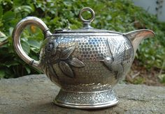 Antique Rogers Brothers  Japanesque Silver plate teapot