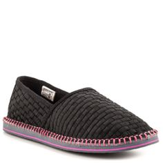 Tigerbear Republik Womens Hendrix Black >>> Quickly view this special product, click the image : Sandals Cute Casual Shoes, Fashion Sandals, Slide Sandals, Sliders, Slip On, Heels, Sneakers, Womens Fashion, Black