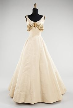Evening Dress, Charles James, 1954  The Metropolitan Museum of Art  ...I'm officially obsessed.
