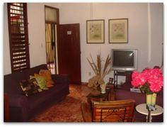 Detalle del la sala de estar Cuba, Caribbean, Furniture, Home Decor, Living Room, Apartments, Decoration Home, Room Decor, Home Furnishings
