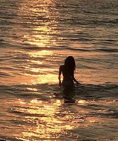 Beach Aesthetic, Summer Aesthetic, Travel Aesthetic, Flower Aesthetic, Aesthetic Clothes, Summer Feeling, Summer Vibes, Summer Goals, Foto Instagram