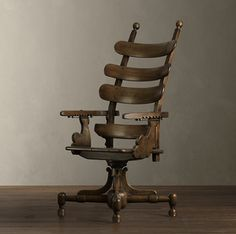 "French dentist chair.    In English I think it's pronounced ""electric chair""."