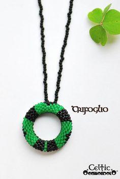 spec-holder necklace Occhiondolo Shamrock