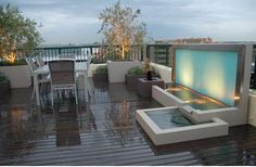 modern house landscaping water feature
