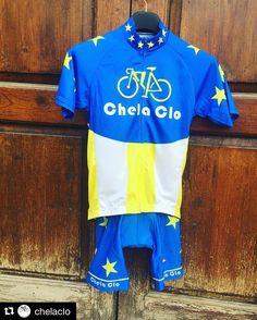 "Nuevo #CyclingKit ""Capitán #Canarias"" ya disponible en @regalizfunwear y muy pronto Online en www.chelaclo.com  #bikes #fixie #fixiestyle #kitfitcycling #kitfitness #fixieporn #redhookcrit #GranCanaria @grancanariamc"