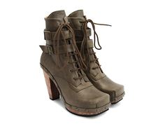 I do NOT need another pair of boots - darn you, @fluevog, for tempting me! Conviction (Olive)