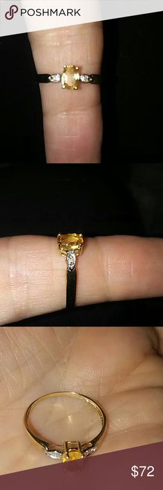 Beautiful Citrine 10k Gold Ring. Beautiful 10k Gold Citrine Ring Jewelry Rings