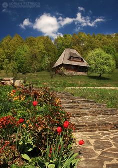 Manastirea Barsana, Maramures, Romania (by Adrian Petrisor) Beautiful Places To Visit, Places To See, Cute Little Houses, Visit Romania, Romania Travel, Tourist Places, The Beautiful Country, Cool Countries, Bucharest