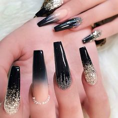 SHANY Nail Polish Set – Cute Nails Club Nail Career Education International — Nail Care Raleigh Nc yet Diy Sparkly Nails Blush Nails, Sparkly Nails, Glam Nails, Classy Nails, Stylish Nails, Simple Nails, Black Acrylic Nails, Best Acrylic Nails, Glitter Nail Art