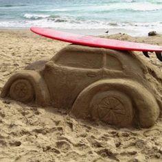Beach sand bug with surf board - love it! Vw Bus, Vw Volkswagen, Summer Fun, Summer Time, Summer Work, Beach Sand Castles, Soul Surfer, Snow Art, California Surf