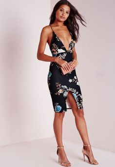We are totally crushin' over this oriental printed beaut. With plunging v neckline this cross back strappy number with seriously seductive split to the front is a must have. Team this figure flattering midi with nude str. Dresses Uk, Tight Dresses, Dresses Online, Dress Outfits, Casual Dresses, Midi Dresses, Floral Dresses, Blue Midi Dress, Pink Dress