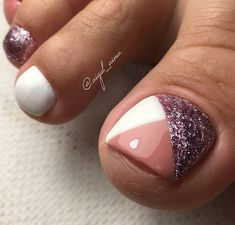 Cute toe nails Do You Have All Of Your Garden Suppli Gel Toe Nails, Feet Nails, Toe Nail Art, My Nails, Pretty Toe Nails, Cute Toe Nails, Feet Nail Design, Pedicure Nail Art, Pedicure Ideas