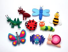 Felt magnet insects - fridge magnets - Butterfly Grasshopper Ladybug Ant Spider Dragonfly Caterpillar Bee Snail