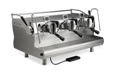 Synesso Espresso Machines will pull shot after shot. The most reliable commercial espresso machine on the market. Hand made in Seattle USA Universal group top Single Pump Single Motor Digital Shot Timer Coffee Company, Coffee Shop, Coffee Maker, Portland Coffee, American Cafe, Commercial Espresso Machine, Espresso Recipes, Coffee Origin, Seattle Usa