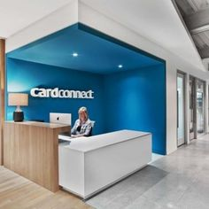 office Reception Desk - Office Tour CardConnect Offices King of Prussia. Office Reception Design, Corporate Office Design, Dental Office Design, Modern Office Design, Corporate Interiors, Office Interiors, Reception Desks, Modern Offices, Clinic Interior Design