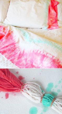 DIY tie dye bedding
