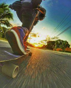 Rider: @nescaudh The sun goes down   @andreluiz_pw  #downhillbrotherspb #mylongbrothers #downhill  #downhillskateboarding #photo #skatedownhill #downhillspeed #longboard #longboarding #skate #skateboarding #skatefast #speed #skatesafe #gopro #freeride #sliding #usesempreumcapacete #alwayswearahelmet